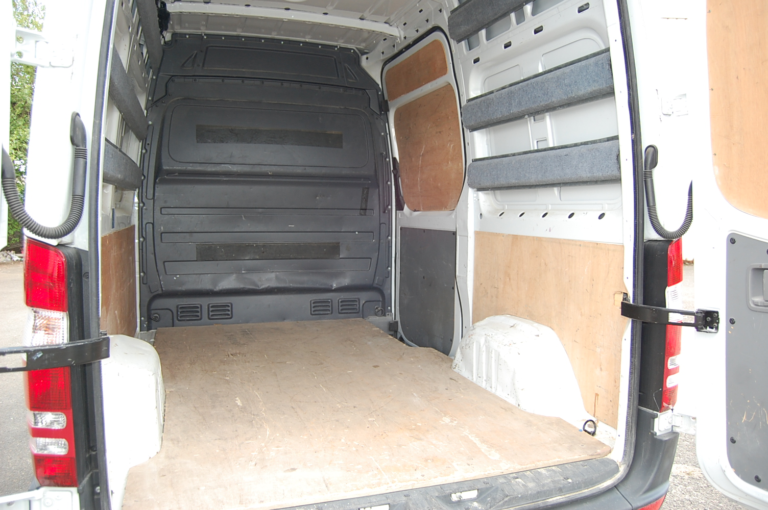 iveco daily 12m3 dimensions. Black Bedroom Furniture Sets. Home Design Ideas